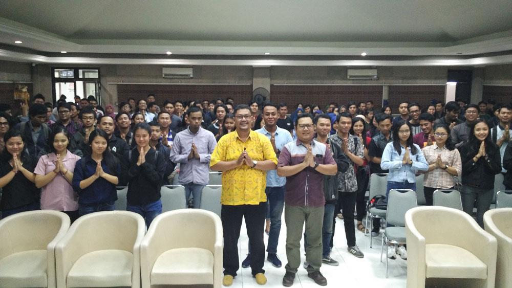 Seminar STIKOMERS DAY Revolusi Industri di STIKOM Bali