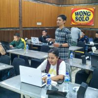 Jefry di Pelatihan workshop digital internet marketing