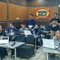 Pelatihan workshop digital internet marketing bersama Hendra dan Jefry