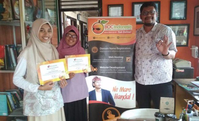 Mahasiswi magang dari STIKOM Bali